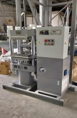 Гидро-вулканизационный пресс для резино-технических изделий (фото 2)